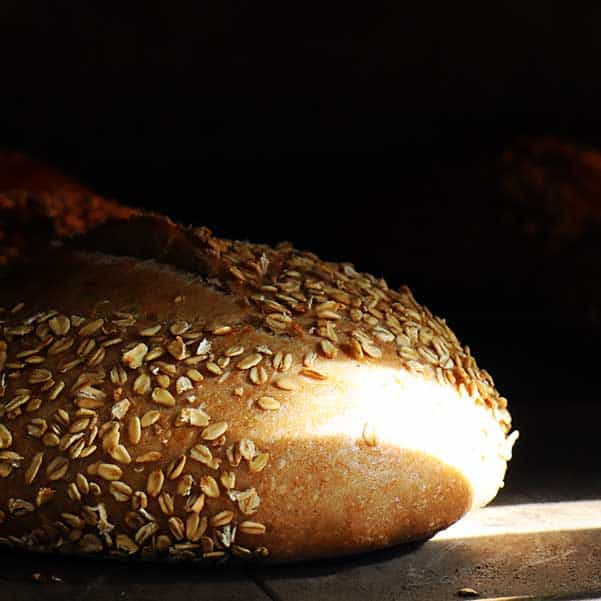 לחם מחמצת